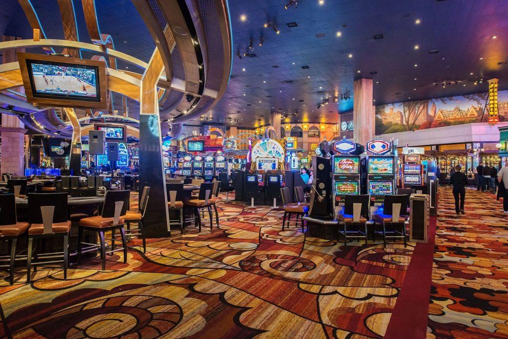 Live казино - реальные дилеры в онлайн-казино